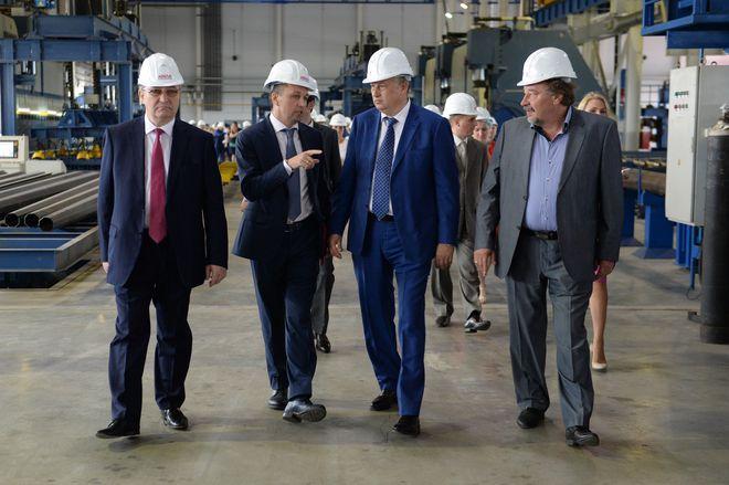 Александр Дрозденко на церемонии открытия завода «Мегаполис»