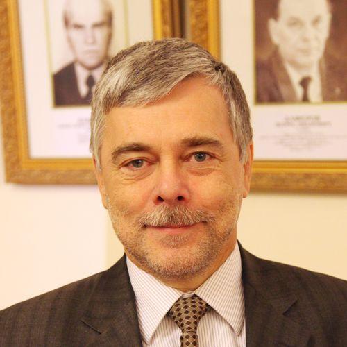 Владимир Кутузов