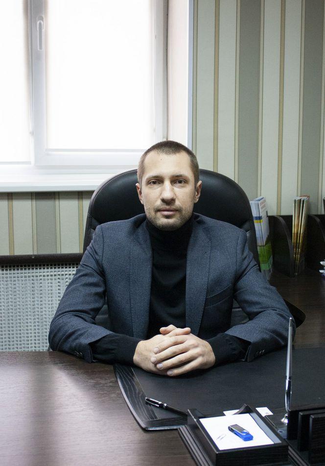Александр Тютюнник
