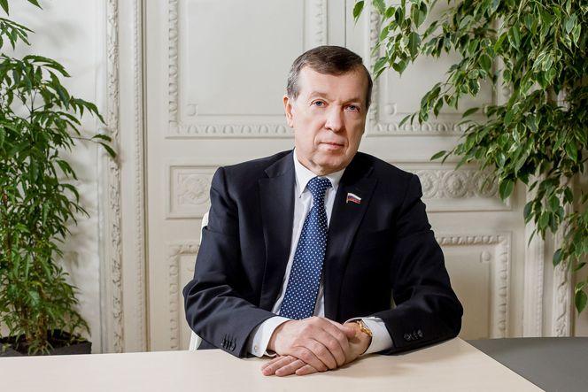2 - В.И.Катенев.jpg