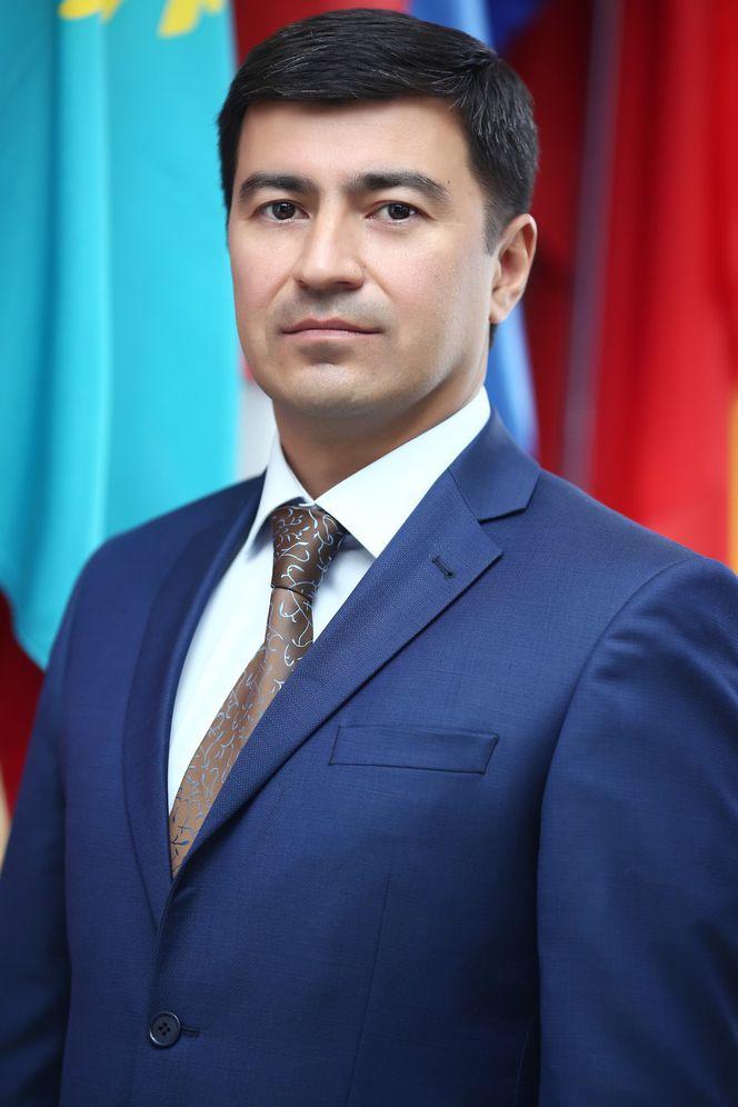 Азим Хакимов