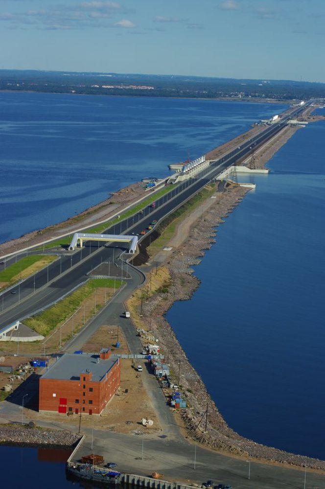 Мосты на водопропускных сооружениях КЗС  Санкт-Петербурга. Шаровые сегментные  опорные части